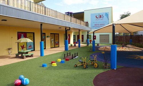 kids-korners-outdoor-play-area