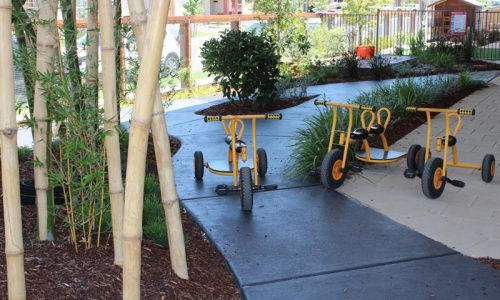 pitt towns outdoor play area