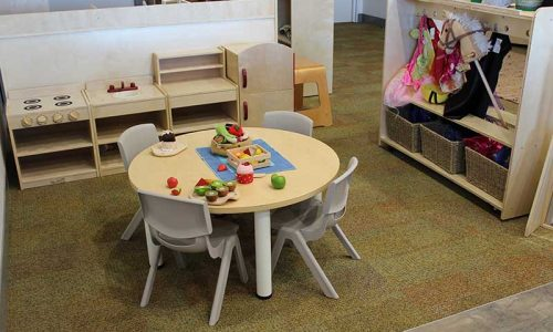 versatek-tables-and-robust-chairs